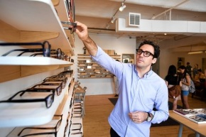 Success Stories: Warby Parker