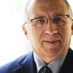 Live Nation Chairman AzoffResigns