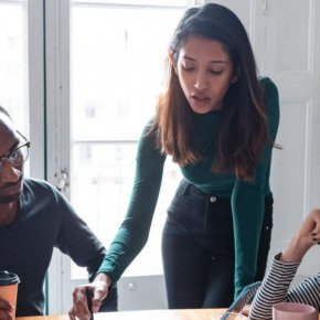 How Emotionally Intelligent Leaders GiveFeedback